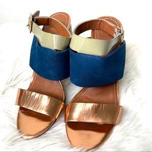 """Elizabeth & James """"Clair"""" wooden block heels sz 7"""